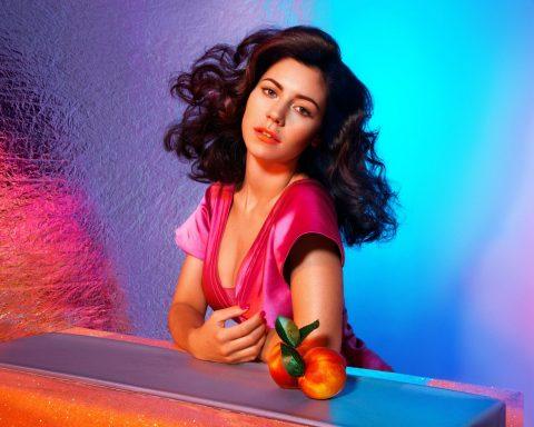 'Froot' – Giai điệu mùa hè của Marina & the Diamonds