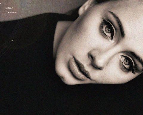 Adele và 'tuổi 25' đầy những thăng trầm