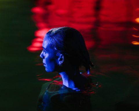 'So Sad So Sexy' - Cú lội ngược về dòng chính của Lykke Li