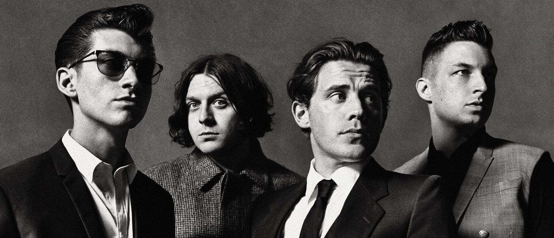 'Tranquility Base Hotel & Casino': đẳng cấp quý ông của Arctic Monkeys