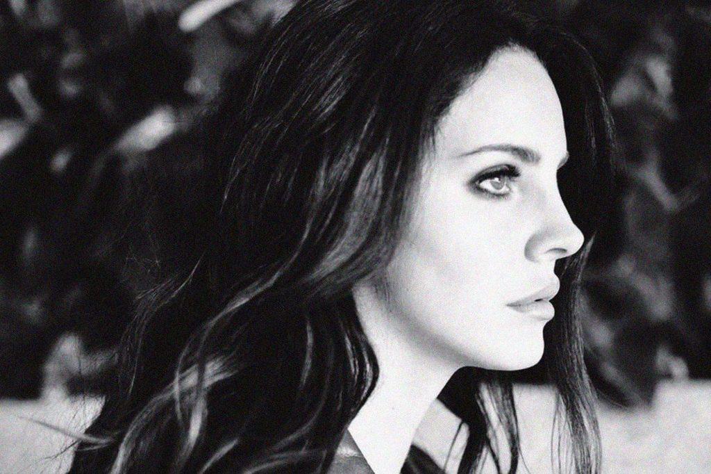 Với Ultraviolence, Lana Del Rey đã thoát khỏi hình ảnh Lolita quen thuộc.
