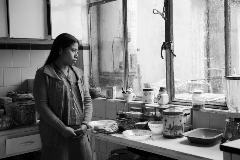 Alfonso Cuarón phải lùng sục trong hàng ngàn người phụ nữ khắp mọi miền quê mới tìm ra nữ chính Yalitza Aparicio.