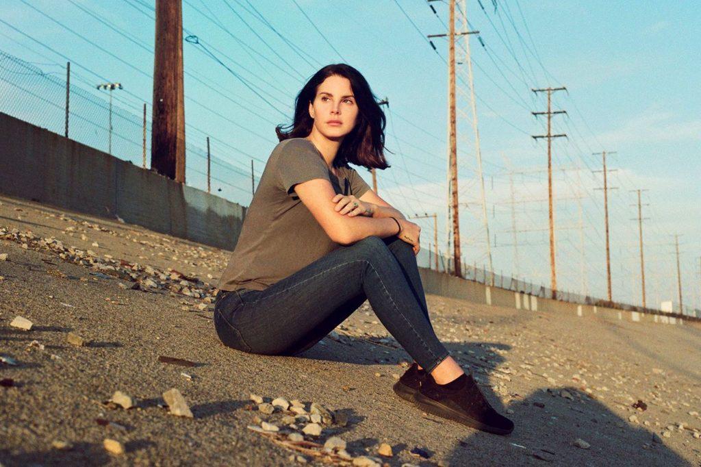 Norman Fucking Rockwell! là album trần trụi nhất của Lana Del Rey.