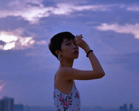 Review album Tỉnh Giấc Khi Ông Trời Đang Ngủ của Trang